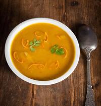 Velouté de carottes à l'orange au Bouillon Parfumé
