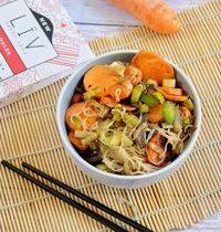 Wok Noodles Konjac aux Légumes Croquants