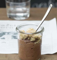 Frederic Bau's The chocolate mousse, with crunchy crumble topping